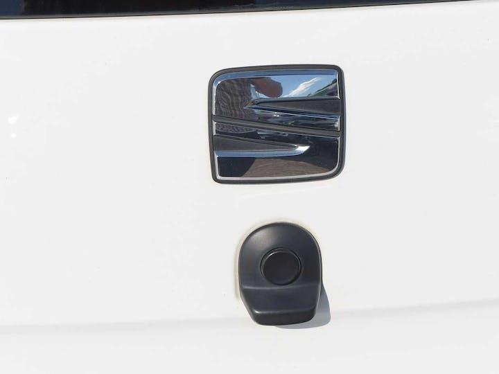 White SEAT Mii Design 2016