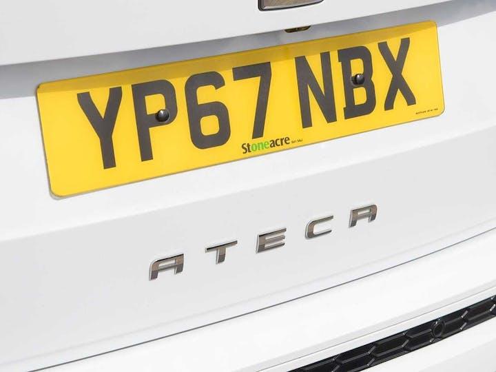 White SEAT Ateca TSI Fr 2017