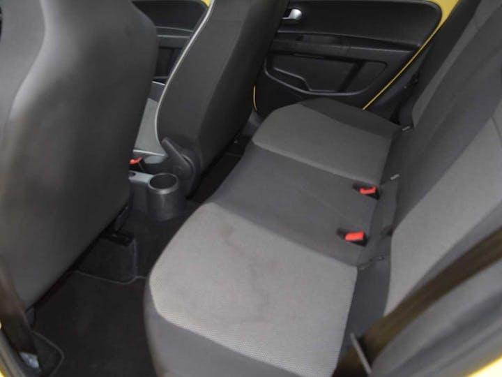Yellow SEAT Mii Design 2018