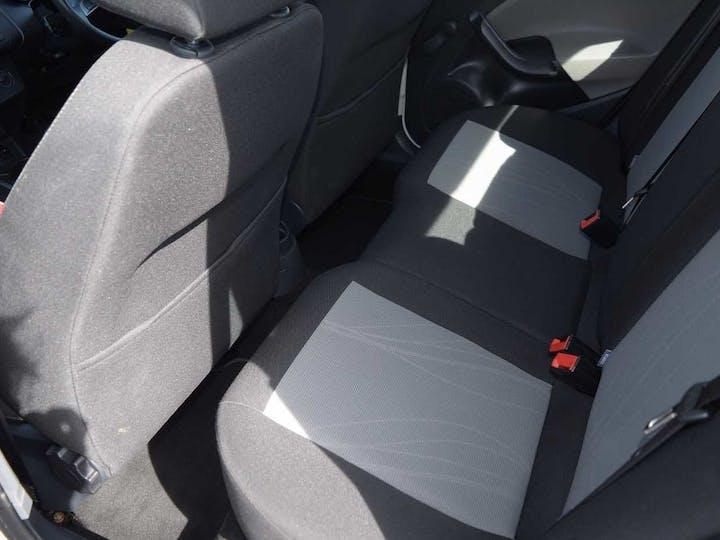 White SEAT Ibiza Toca 2015