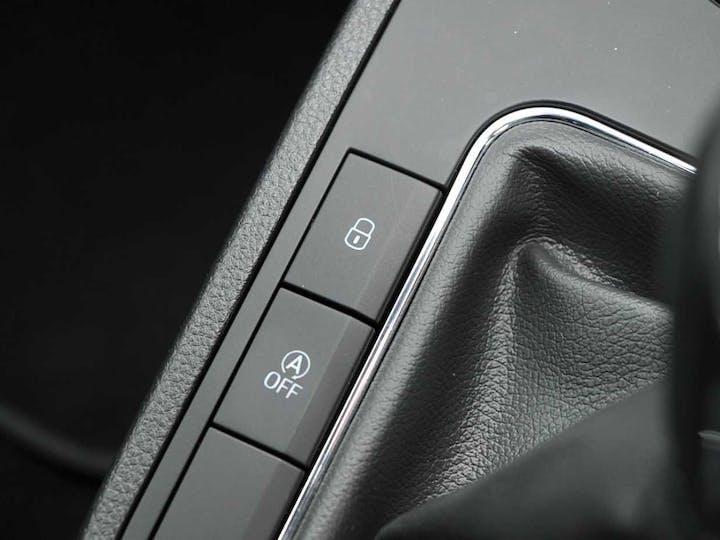 Grey SEAT Ibiza Mpi SE 2017