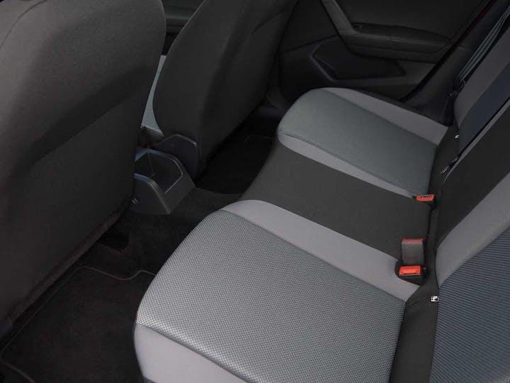 Red SEAT Arona TSI SE DSG 2018