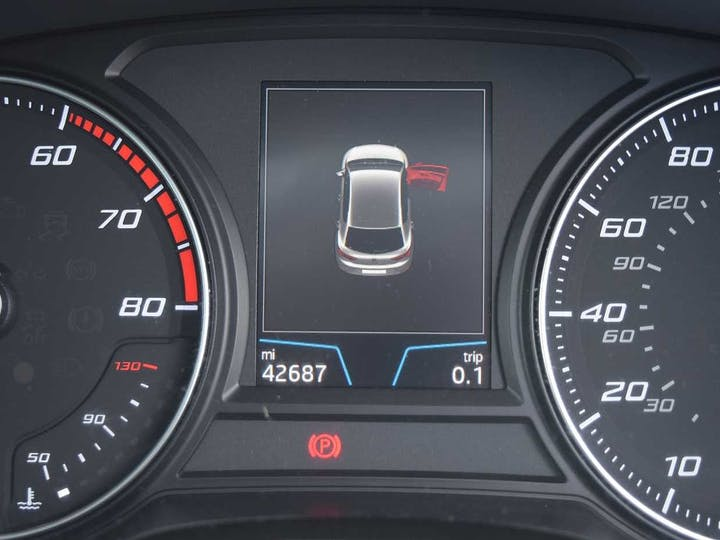 Grey SEAT Leon TSI SE Dynamic Technology 2017