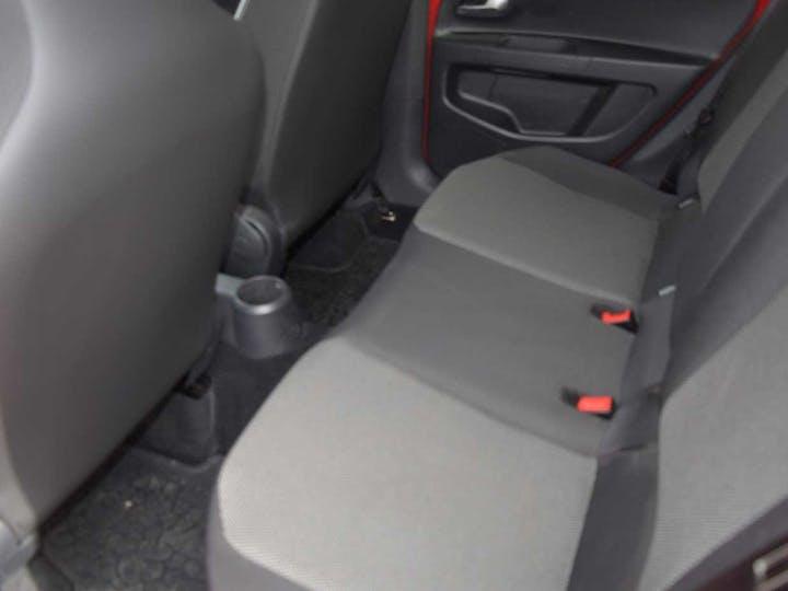Red SEAT Mii Design 2018