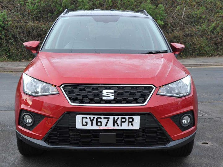 Red SEAT Arona TSI SE Technology First Edition 2018
