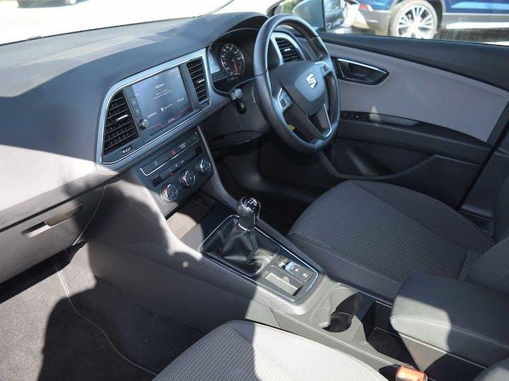 Silver SEAT Leon TSI SE 2019