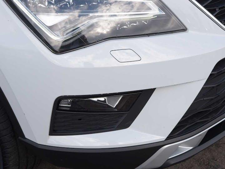 White SEAT Ateca Ecotsi Xcellence 2017