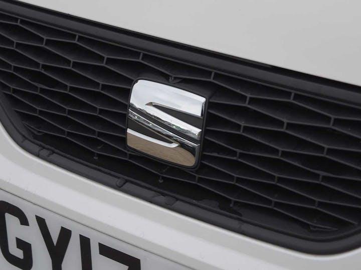 White SEAT Mii Design 2017