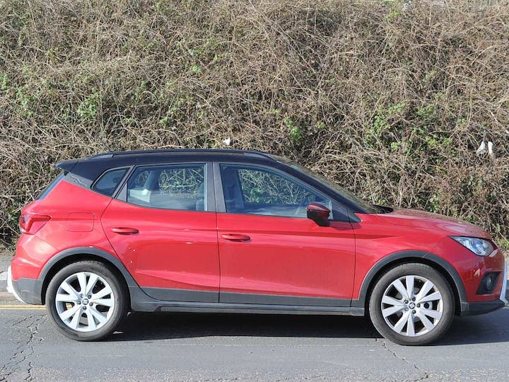 Red SEAT Arona TSI SE Technology 2019