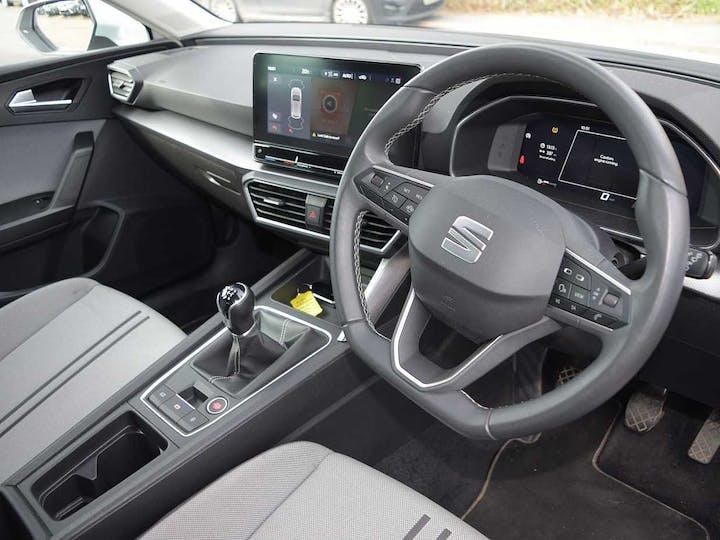 White SEAT Leon TSI Evo SE Dynamic 2020